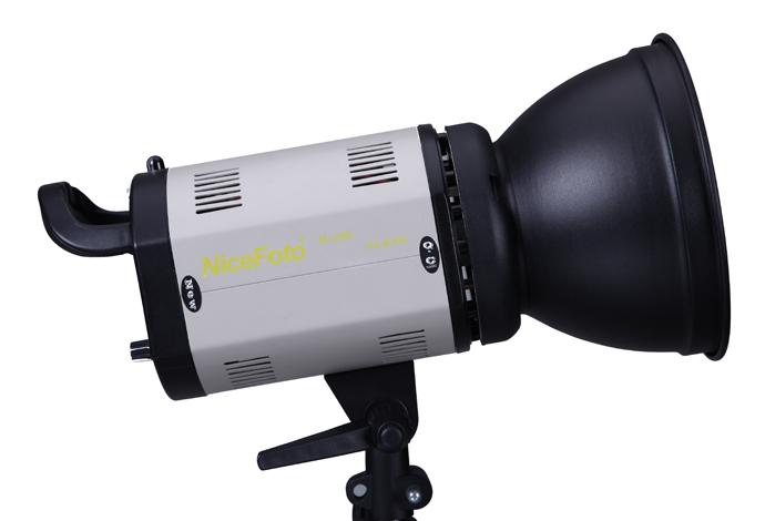 Студийный моноблок NiceFoto Ni-200 (мощность 200 Дж, bowens)