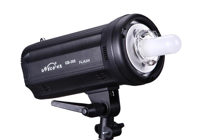 Студийный моноблок NiceFoto GB-300 (мощность 300 Дж,  Bowens S)
