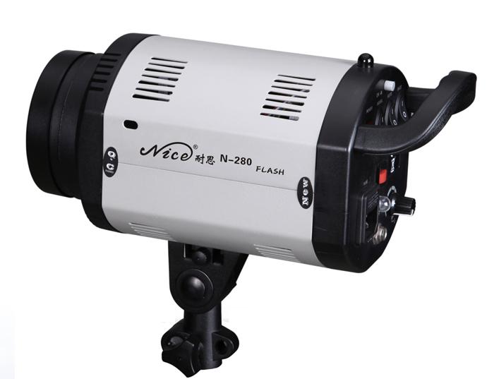 Мини вспышка NiceFoto N-200 (мощность 200 Дж, bowens-S)